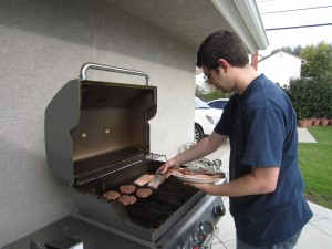 Kyle grilling on Christmas Day - don't you love CA weather!